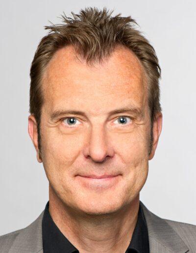 Jörg E. Drewes