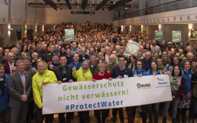 Protest für starken Gewässerschutz auf den Naturschutztagen 2019