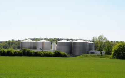 Neuer Vertrag zur technischer Betriebsführung der Klärgasanlage in Niederau