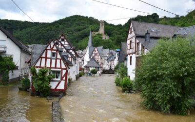 Historisches Unwetter: an zwei Tagen soviel Regen wie sonst in drei Juli-Monaten